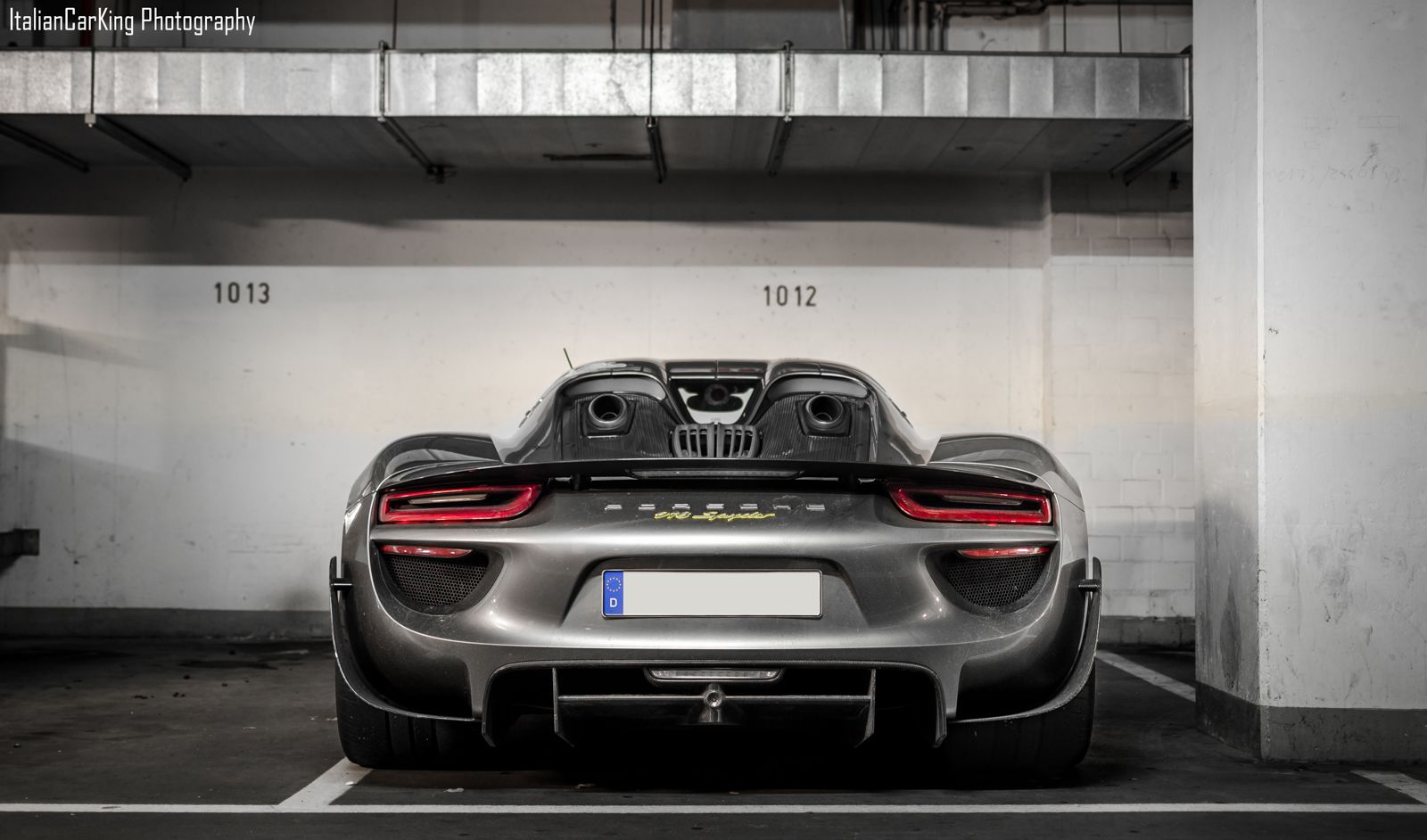 dynamic duo koenigsegg agera r and porsche 918 spyder. Black Bedroom Furniture Sets. Home Design Ideas