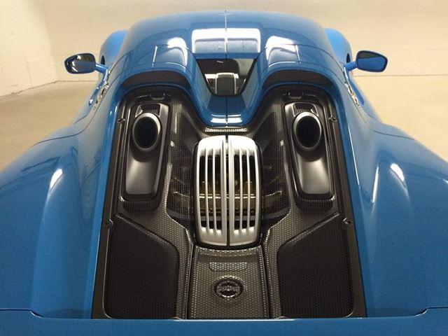 porsche 918 spyder baby blue. Black Bedroom Furniture Sets. Home Design Ideas