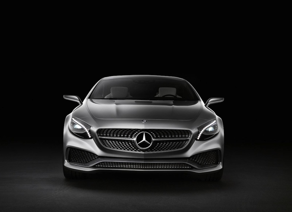 Mercedes benz google glass support for Mercedes benz helpline