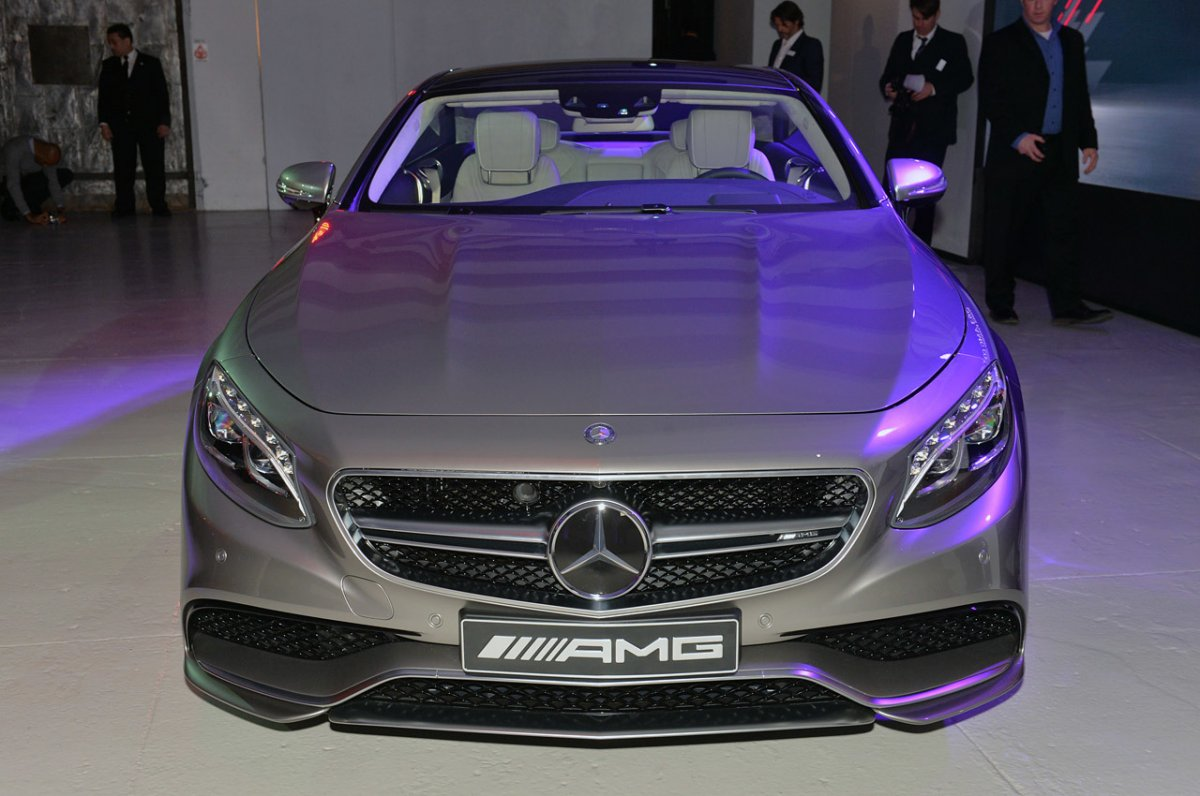 early deliveries of the mercedes benz s63 amg coupe. Black Bedroom Furniture Sets. Home Design Ideas