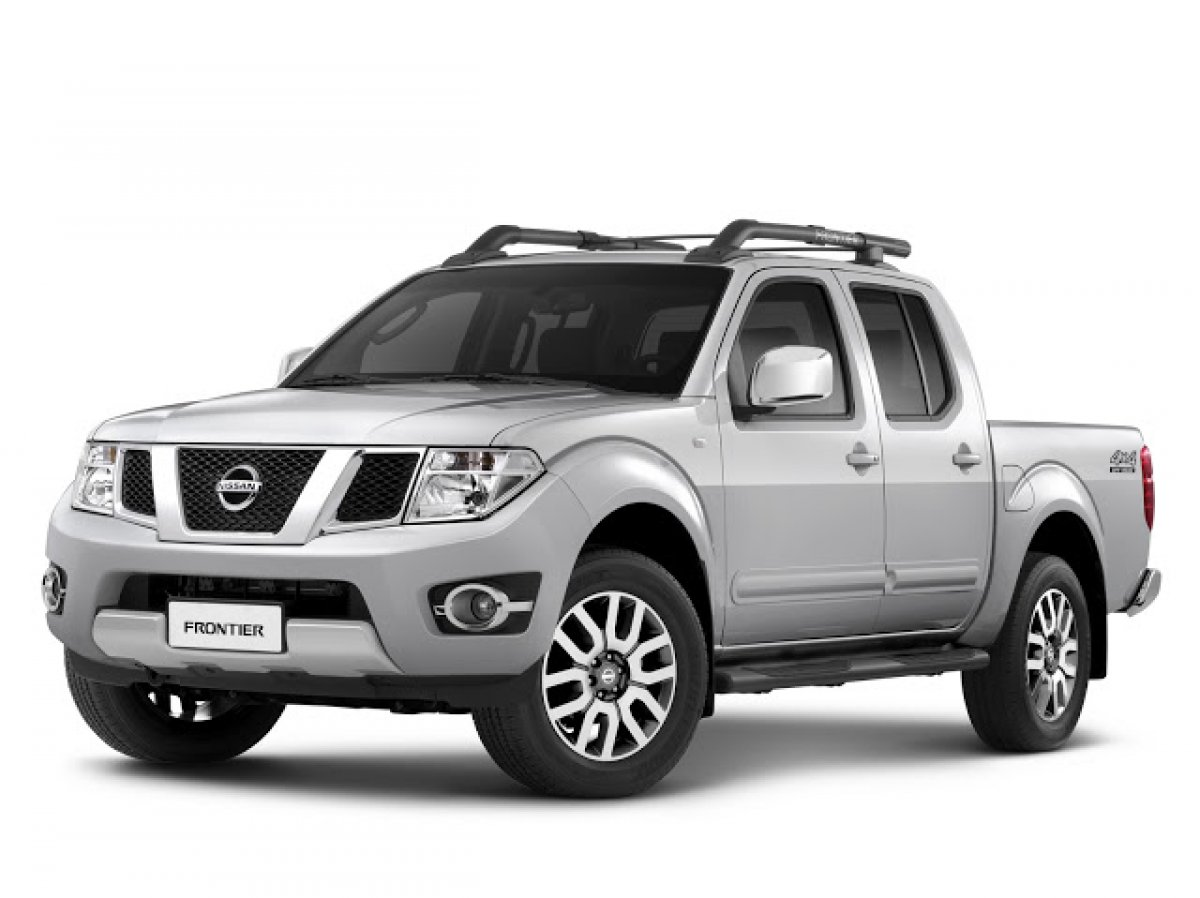 nissan teases 2015 navara frontier midsize truck. Black Bedroom Furniture Sets. Home Design Ideas