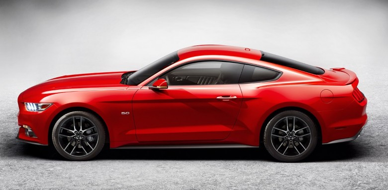 2015 Ford Mustang to Have Solid-Rear Axle After All?