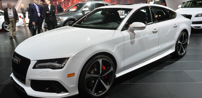 New York: 2015 Audi RS7 Dynamic Edition is Quite Dynamic in Price