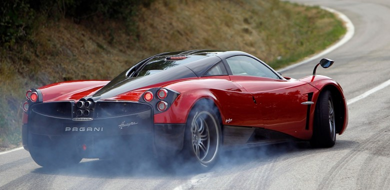 Pagani To Produce Huayra With Manual Transmission…At A Cost
