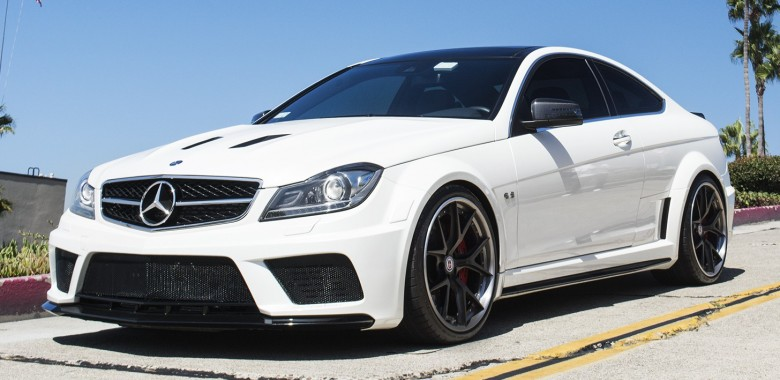 gleaming white mercedes benz c63 amg black series is aggressively perfect - Mercedes Benz C63 Amg Black Series White