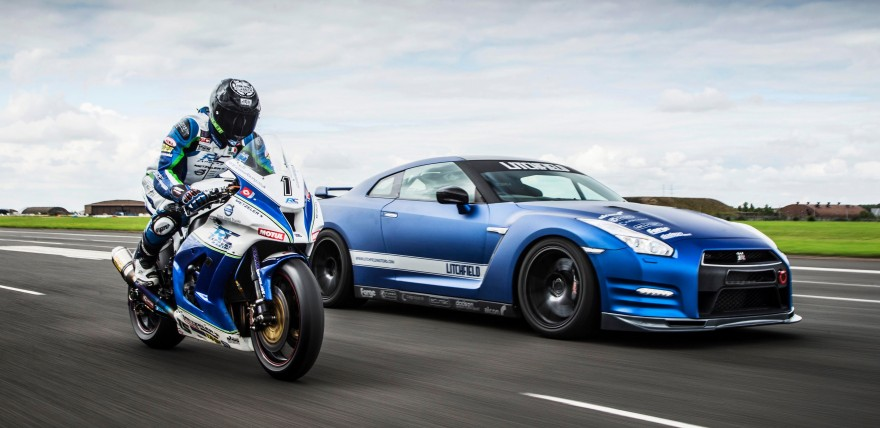 1200bhp Litchfield Nissan GT-R vs 205bhp RC Express Racing Kawasaki ZX-10R