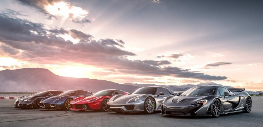 HYPER 5   LaFerrari Vs Porsche 918 Vs McLaren P1 Vs Bugatti Super Sport Vs  Pagani