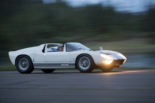 CarVerse Epic Find of the Day: 1964 GT40