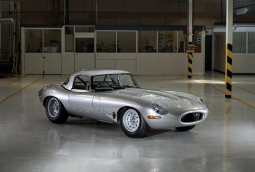 Awesome It Is A Daunting Task For Jaguar To Bring To Life A Half Century Year Old  Vehicle. In A Time With Improved Technologies Jaguar Must Find A Balance  Between ...