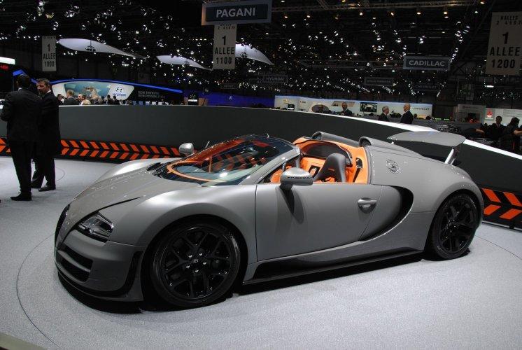epic bugatti veyron vitesse mclaren p1 videoshoot. Black Bedroom Furniture Sets. Home Design Ideas