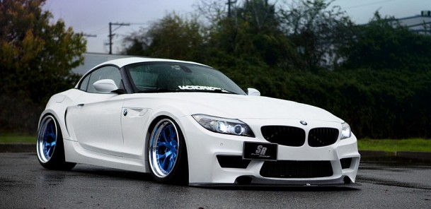 Wonderfully Wide BMW Z4