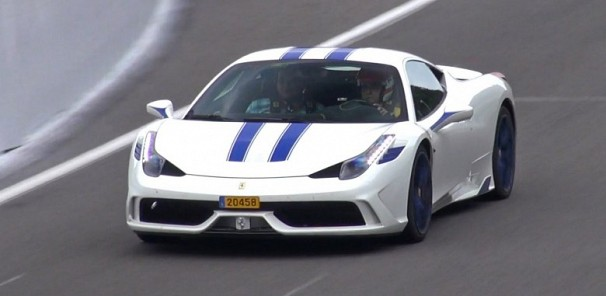 Customized Ferrari 458 Speciale - Start up, Fly by, Accelerations!