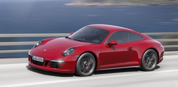 Full Throttle in the 2015 Porsche 911 GTS