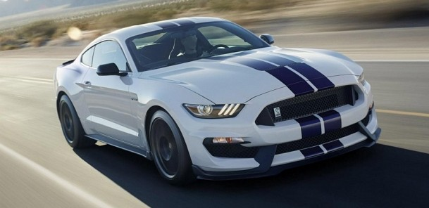 2016 Shelby GT350 and GT350R Mustang - Track Attack