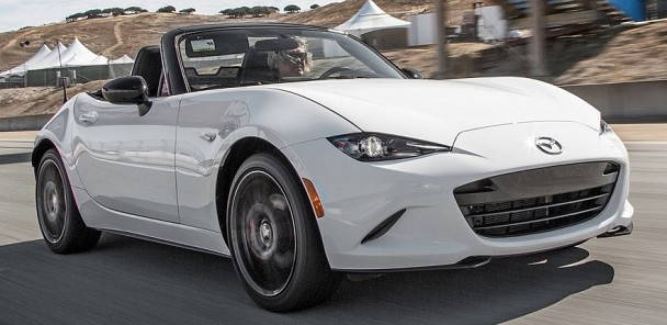 2016 Mazda MX-5 Miata Hot Lap! - 2015 Best Driver's Car Contender